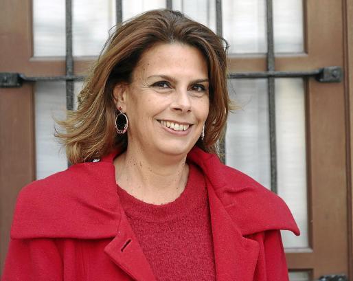 La escritora Helena Tur está acabando su siguiente novela, que editará Plaza & Janés.