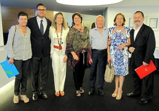 Carmen Serra, Jaime Sitjar, Carmen Sampol, Lourdes Cardona, Gabriel Sampol, Paz Massanet y Vicenç Rotger.