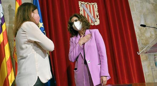 La presidenta Francina Armengol y la ministra María Jesús Montero se reunieron en mayo en el Consolat y la titular de Hacienda del Gobierno aceptó negociar el REB.