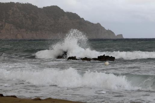 Las lluvias y el temporal generaron pequeñas inundaciones y algunos desperfectos en Es Figueral.