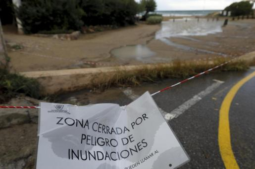 ASí se podía ver la playa de Es Figueral este martes por la tarde.