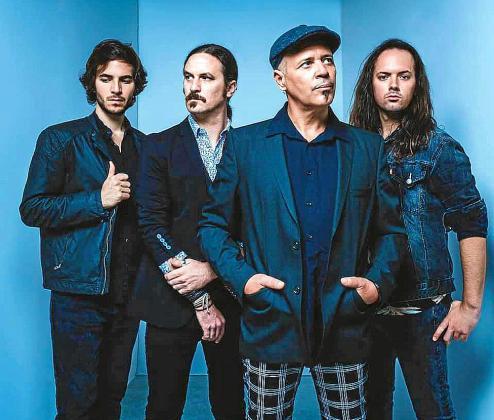 Imagen promocional del cuarteto ibicenco Joven Dolores antes de la publicación de su segundo disco.