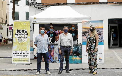 Una de las promociones realizadas por el Ayuntamiento de Ibiza en Menorca a finales de agosto.