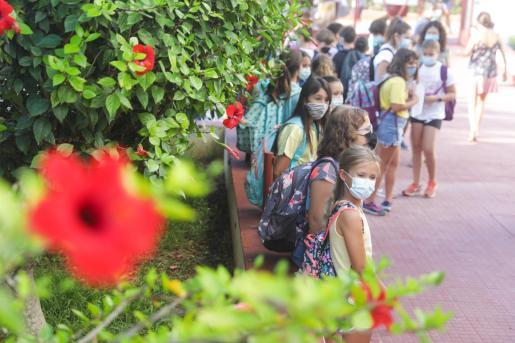 Alumnos de Ibiza en su regreso al cole.