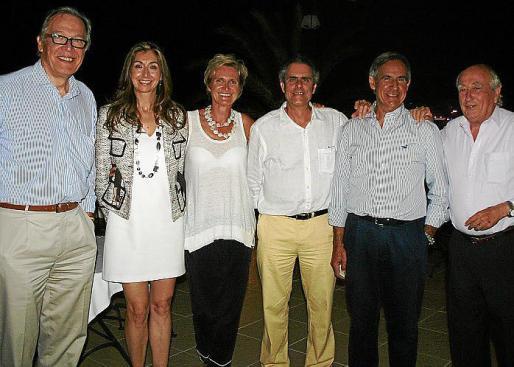 Álvaro Middelmann, Joana María Borrás, Isabel Middelman, Juan Carlos Talens, Joan Morell y Pedro Palmer.