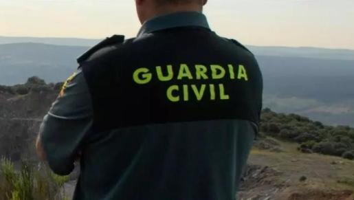La Guadia Civil detiene en Formentera a un alemán que circulaba con varias bolsas de marihuana.