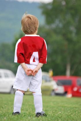 Cada día es más común escuchar a padres y madres comentar cómo algunas competiciones deportivas acaban convirtiéndose en espacios conflictivos.