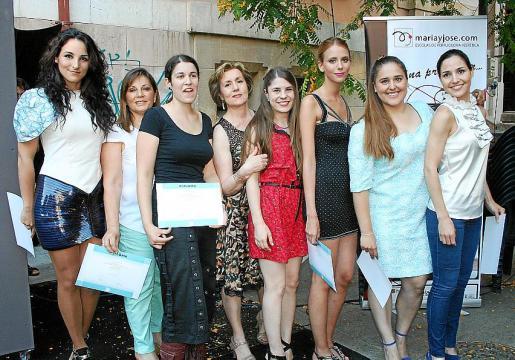 Omara Royo, María Artigues de Bustos, Bibiana Román, Nieves Arévalo, Leyre Mahíllo, Victoria Fuertes, Elisa Carriches y Cristina Barriga.