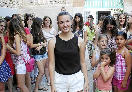 Isabel Cerdà Coll tras conocer que encarnará el papel de la Beata Santa Catalina Thomàs en la procesión del 1 de septiembre.