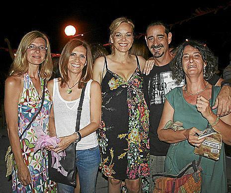 Tina Oliver, Carmen Salazar, Coloma Bonet, Carlos font, Teresa Font.