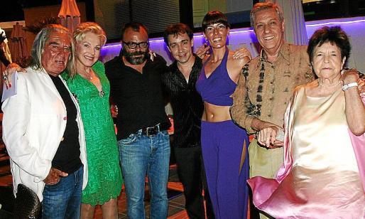 Fabrizio Plessi, Marily Coll, Bernardí Roig, Jorge Breznes, Laura Halt, Basilio Escudero y María Félix García fueron algunos de los asistentes a la fiesta.