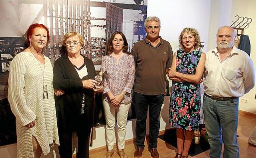 Caterina Garcias, Isabel Moll, Bàrbara Suau, Jaume Isern, Paquita Canals y Pep Muñoz.