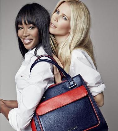 Las dos top model protagonizan la campaña benéfica.