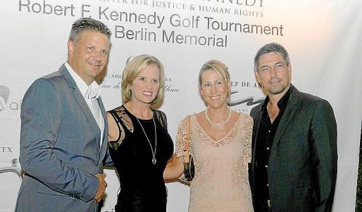 Dirk Dunkler, Kerry Kennedy, Louisa Lambie e Ingo Sierich.
