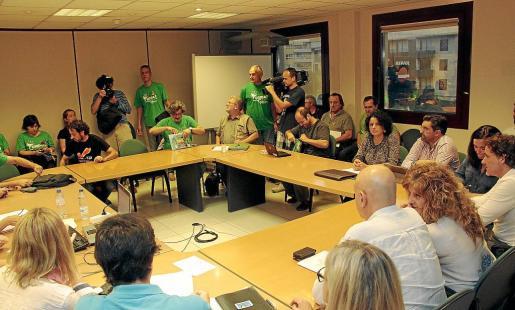 Imagen del encuentro de ayer entre la Conselleria y el mundo educativo.