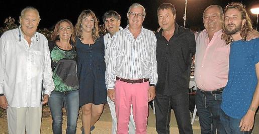 Pep Sans, Maria Antònia Martí, Manoli Oliver, Rafel Jaume, José Luis Roses, Toni Forteza, Joan Lladó y Pepe Roses.