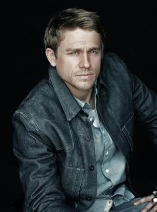 El actor Charlie Hunnam.