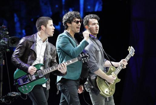 La banda americana Jonas Brothers ha anunciado su separación.