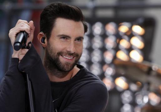 El cantante Adam Levine, ha sido elegido como el hombre más sexy.