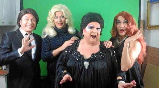 De izquierda a derecha, Raphael, Marta Sánchez, Montserrat Caballé y Niña Pastori. O si no son, se les parecen...