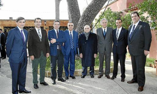 Emilio Muñoz, Gabriel Company, Guillem Adrover, de Agroilla; Salvador Florit y Antonio Fontanet, de Cafés Rico; Rafael Arias-Salgado, Joaquín García y Francisco García Balcells.