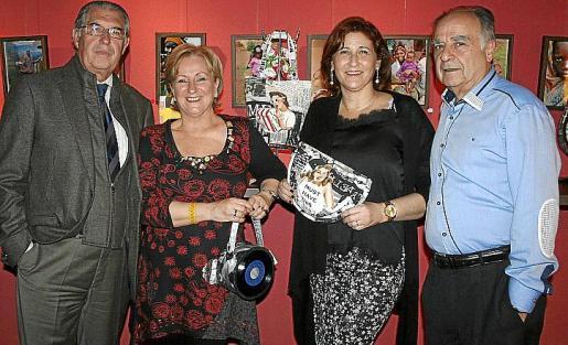 Antonio Comas, Margarita Riutort, Marisa Cortés y Alberto Ruiz Abellán.