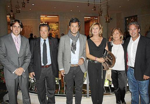 Joan Antoni Ramonell, director insular d'Esports; Vicente Mulet, Nacho Riutort, Mariana Bordoy, Mareuca Buades y Rafael Blanes.