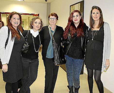Aina Pons, Feli Natta, Francisca Benítez, Lorena y María José García.