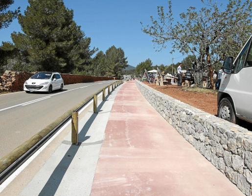 Imagen del vial peatonal en el que han colaborado los vecinos haciendo sugerencias como el tipo de piedra o el color.