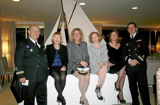 José Luis Navas, Margarita Coll, Silvia Núñez, Montserrat Bordoy, Claudia Suárez y Ernesto Domínguez.