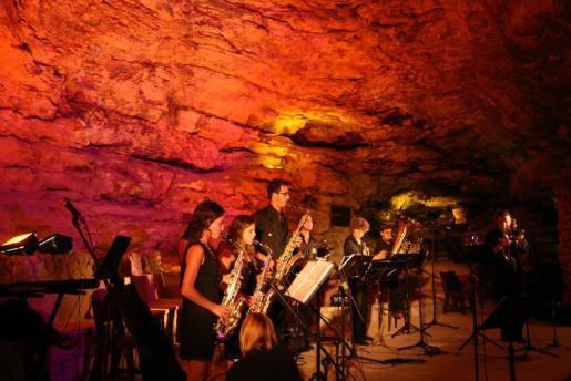Concierto en Santanyí de Glissando Big Band.