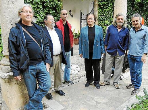 Pascual Marí, Xavier Llull, Toni Morro, Toni Sans, Gori Negre y Toni Llabrés.