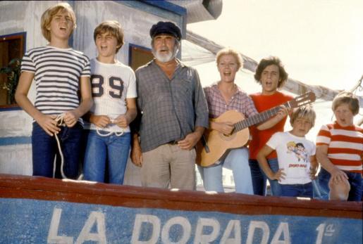 Imagen facilitada por Televisión Española de 'Verano azul' con algunos de sus principales protagonistas.