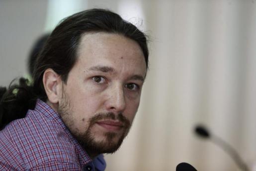 El eurodiputado electo y portavoz de Podemos, Pablo Iglesias, en una rueda de prensa en el Círculo de Bellas Artes de Madrid.