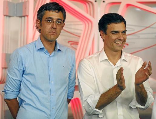 Eduardo Madina y Pedro Sánchez, tras la elección de este último como nuevo secretario general del PSOE.