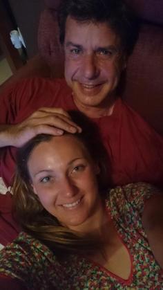 La foto de la pareja que Melanie Costa compartió en su perfil de Twitter.