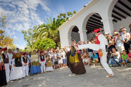 EIVISSA / IBIZA: Fiestas Jesús, Santa Eulària.