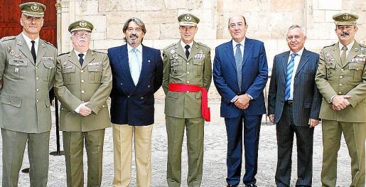 Antonio Ortiz, Ignacio Pasarius, Plácido García, Fernando Aznar, Eugenio Segura, Gabriel Ferrer y Máximo Romeral.