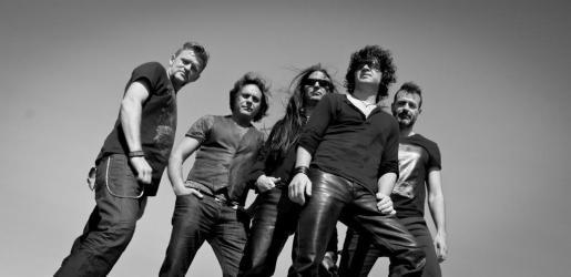 Fotografía promocional de Héroes Tribut Band.