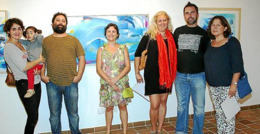 Cecilia López con Lola, Pere Debon, Aina Noguera, Bárbara María Cardellá, Toni Real y Cati Font.