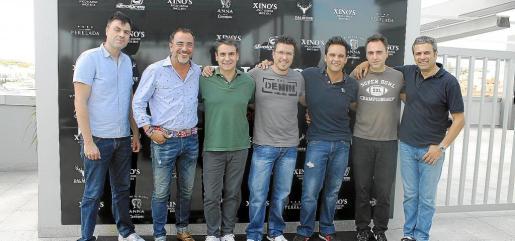 José Luis Ruiz, Pedro Mesquida, Fernando López, Jon Camoruaga, Nacho Sanz, Chema Hernández y Pep Crespí.
