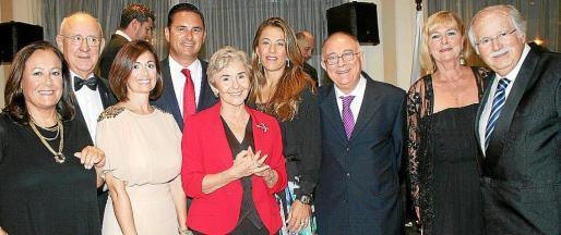 Carmen Martín, Salvador Vila, Verónica Marqués, Jaime Sitjar, Ana María Parés, Encarna Piñero, Tomeu Català, Genia Tobim y Tomeu Estarás.