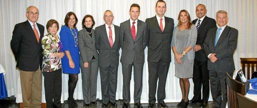 Roberto Ortiz, Aina Ferrando, Charo Sanz, Ana Arruego, Joaquin Moreno, Fernando Aznar, Alfredo Pérez de Aguado, Inma Martínez, Julio Ayuso y Manuel Fernández-Roca Teigell.