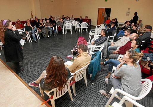 Una de las últimas asambleas de Podemos Evissa celebrada en los locales sindicales.