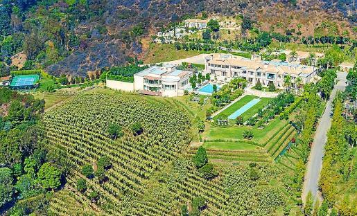 Una villa mediterránea en pleno Beverly Hills y con el sugerente nombre de 'Palazzo di Amore' está a la venta como la casa más cara de Estados Unidos.
