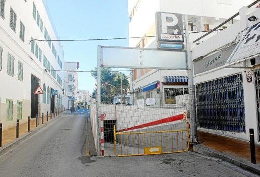 El párking de la plaza Espanya permanece cerrado desde el pasado 12 de noviembre.