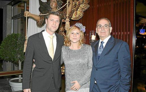 Bruno Pons, Fabiola Martín y Miguel Bermúdez.