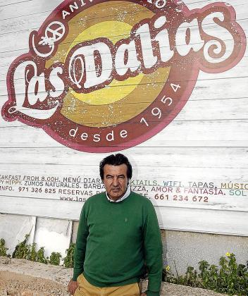 Juan Marí, 'Juanito de Las Dalias', regenta el negocio.