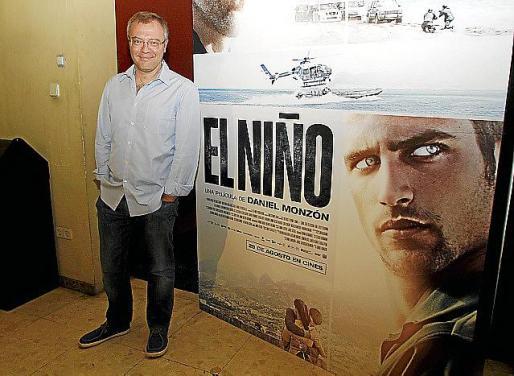 Daniel Monzón, presentando la película en la Sala Augusta.