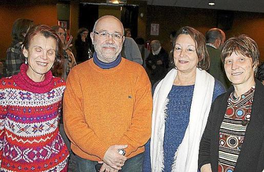 Ana María González, Alfonso Castellary, Anna Rosbert y Neus Ribas.